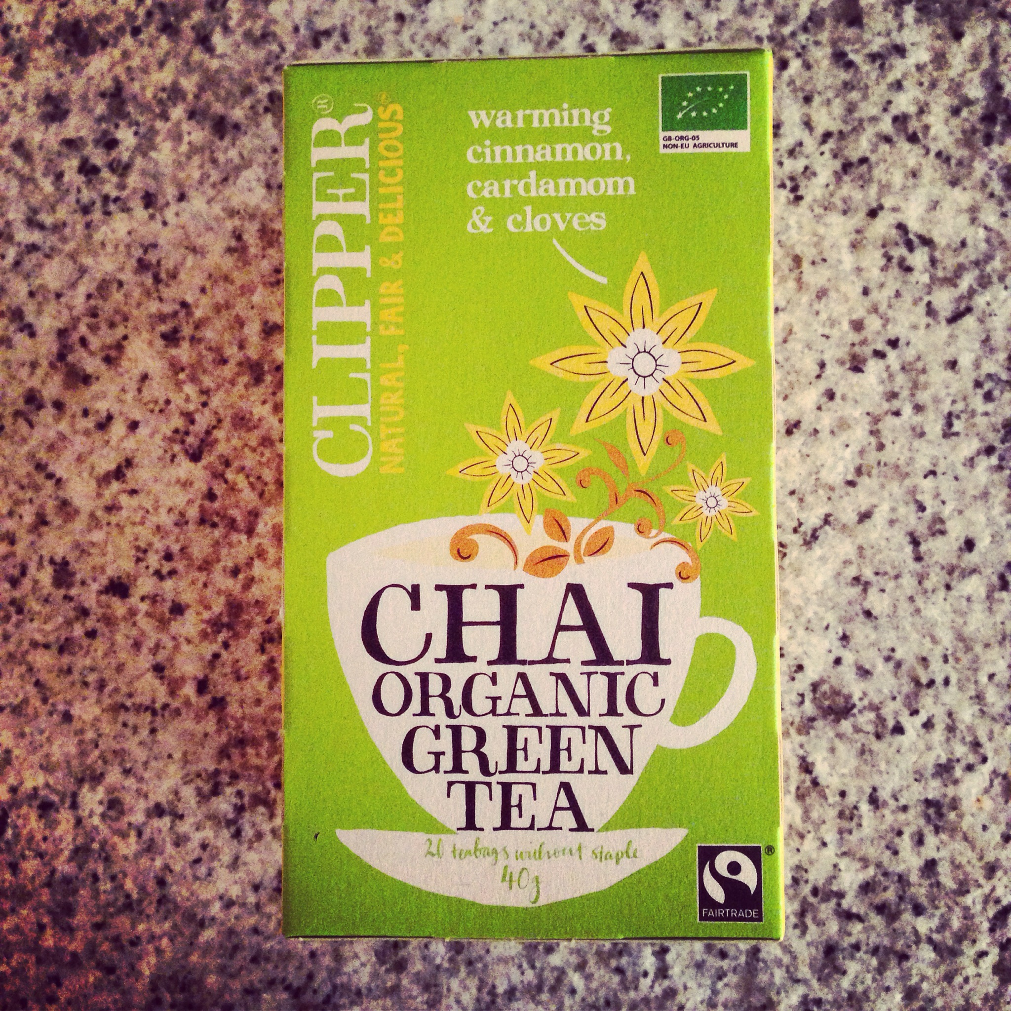 Clipper Tea Natural Fair and Delicious. Chai Organic Green Tea.